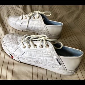 Tommy Hilfiger White Sneakers Size 6 EUC